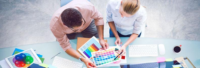 Gestaltung und Konzept von Firmenauftritt (Corporate Identity CI). Unsere Profis im Bereich Corporate Design beraten Sie gerne und geben Ihrer Firma einen neuen, frischen Look.